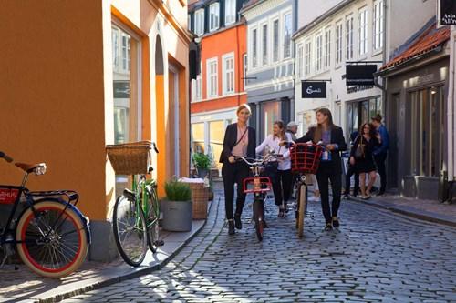 AarhusGuiderne: Aarhus - Verdens mindste storby